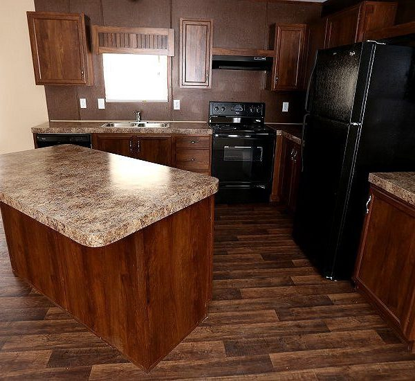 Fleetwood Berkshire 32483B Kitchen