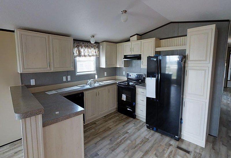 Weston-16722W-kitchen