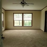 used-clayton-schult-manor-Master Bedroom