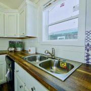 D40EP8-10-Kitchen Sink