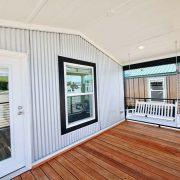 D40EP8-10-Porch Swing