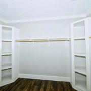 M2-6832-Master Closet