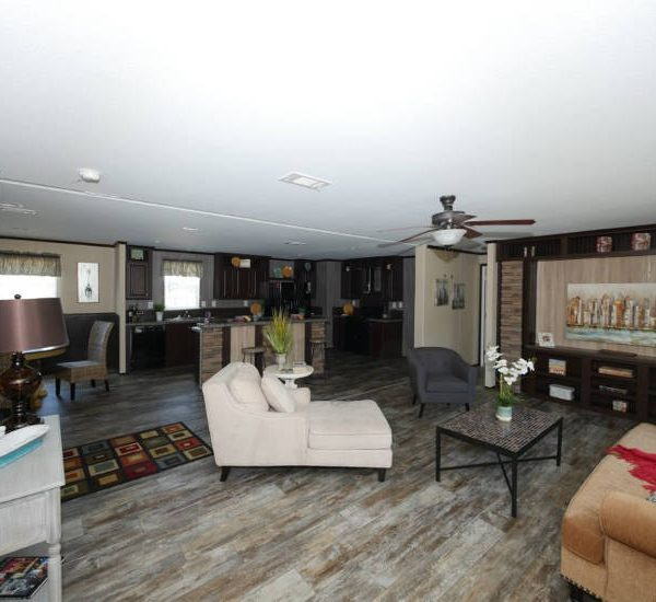 Meridian Beebe - 2810 - Living Room and Kitchen